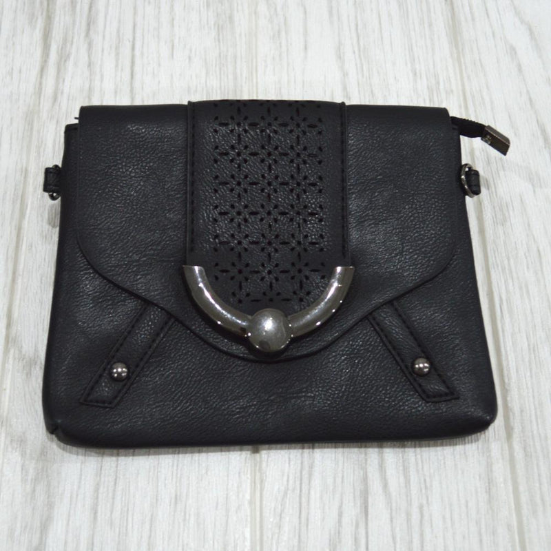 Kali Clutch bag in Black