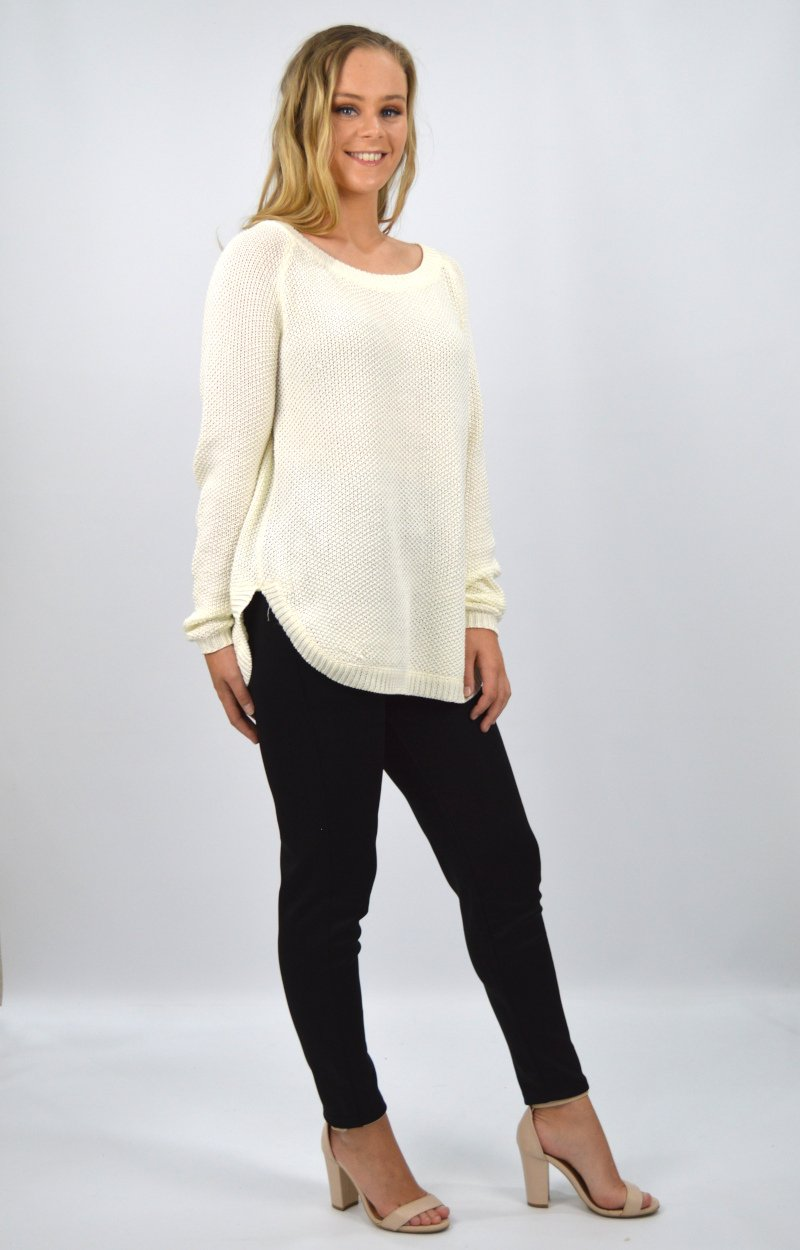 Vienna Top in Ivory