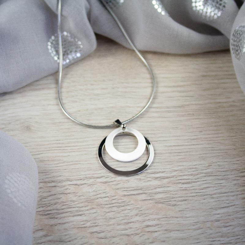 Zyarra Silver Round Layered Necklace