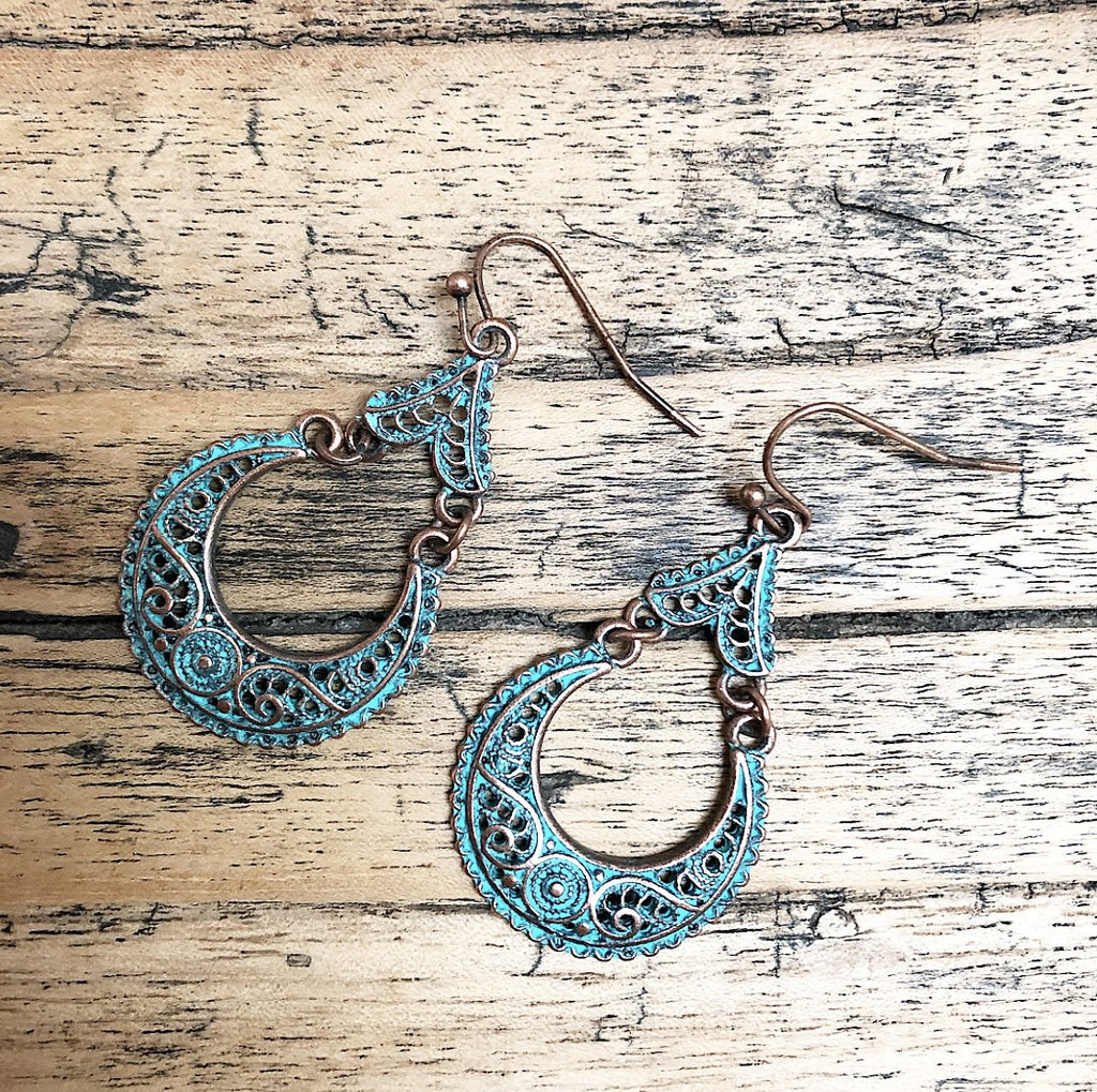 Boho Earrings filigree in Vintage Green and Gold