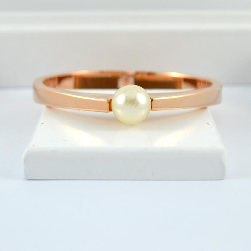 Rose Gold and White Pearl Bracelet