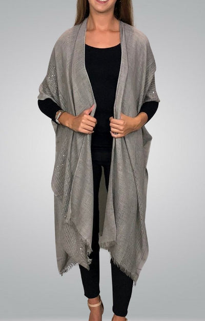Tiana Cape in grey