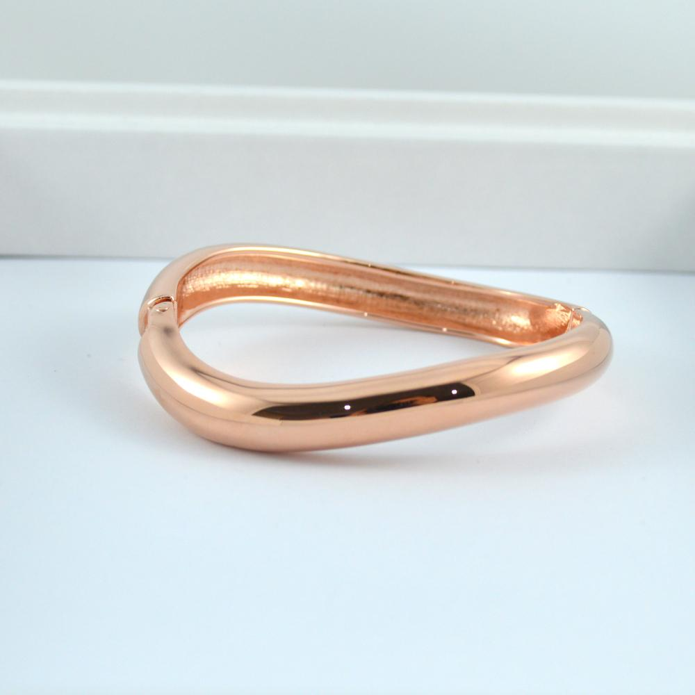 Rose Gold Wave Bracelet