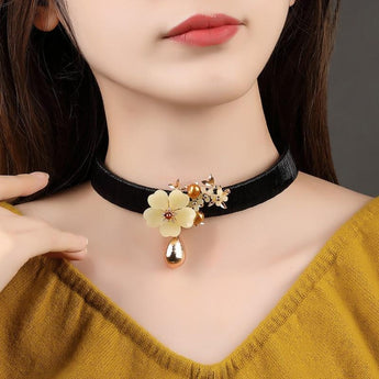 Elegant Style Leather Choker Necklace - My Aashis