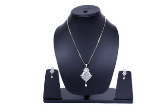White Toned Rhodium-Plated Jewelry Set