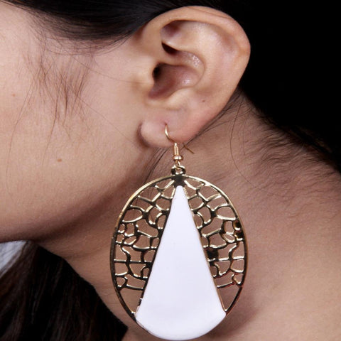 Antique Gold Earrings With White Stones