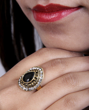 Coctail Designer Ad Ring with Black Stone