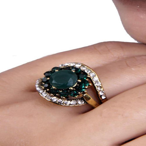 Beautiful Multicolor Emerald and Zircon Ring