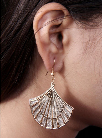 Antique Style Fan Shaped Gold Look Filigree Earrings - My Aashis