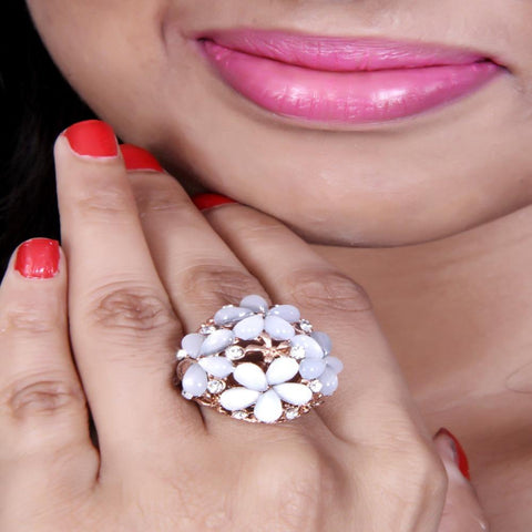 An Absolutely Coctail Spectacular Druzy Stone Flower Ring With Zircon