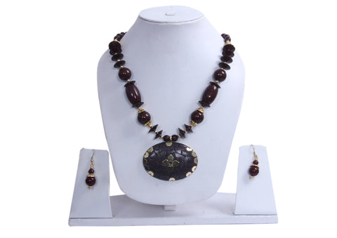 Hawaiian Brown Island Necklace and Earrings