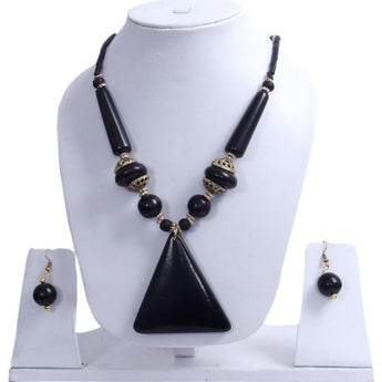 Trendy and Fashionable Amber Seeded Beads Necklace Set - My Aashis