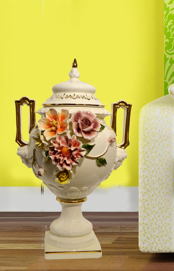 Antique Cream Color  Porcelain Lotus General Tank Home Furnishing  Ceramic Decoration Vas