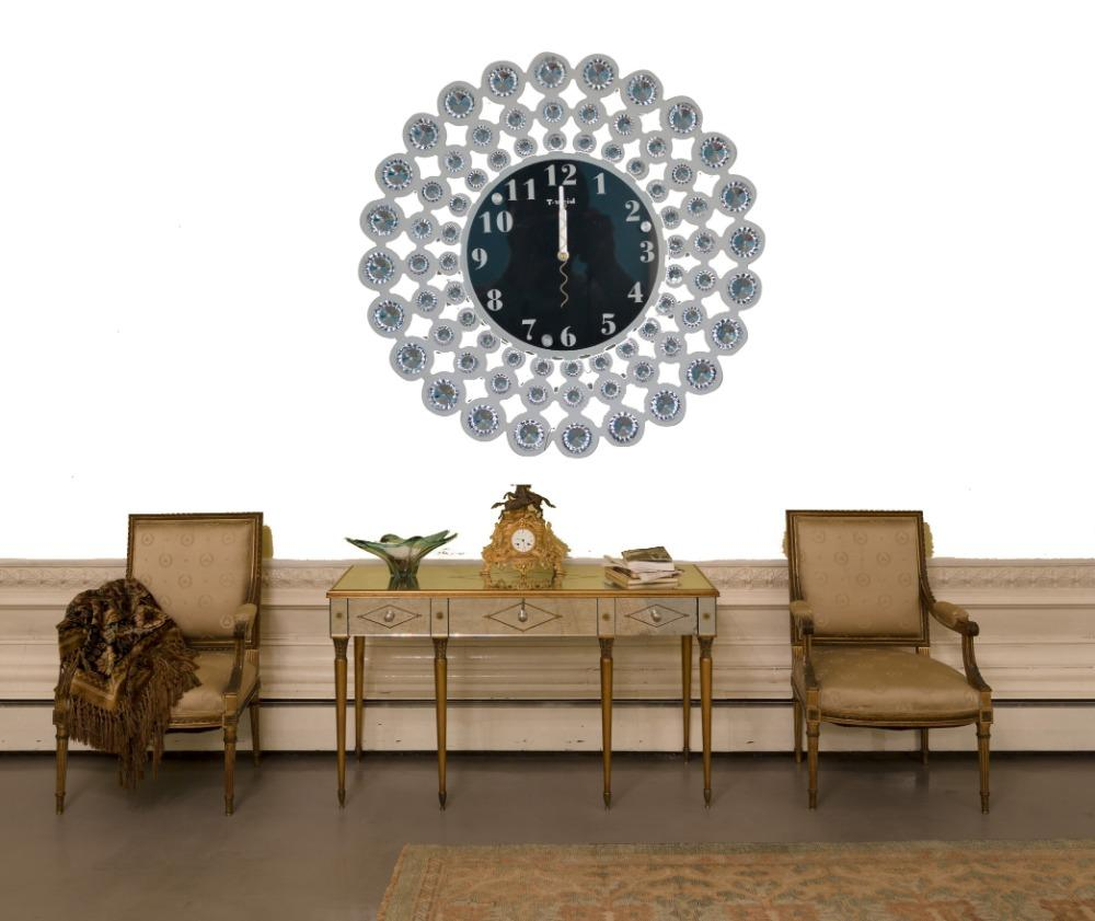White Crystal Decorative Wall Clock The living room bedroom living ...
