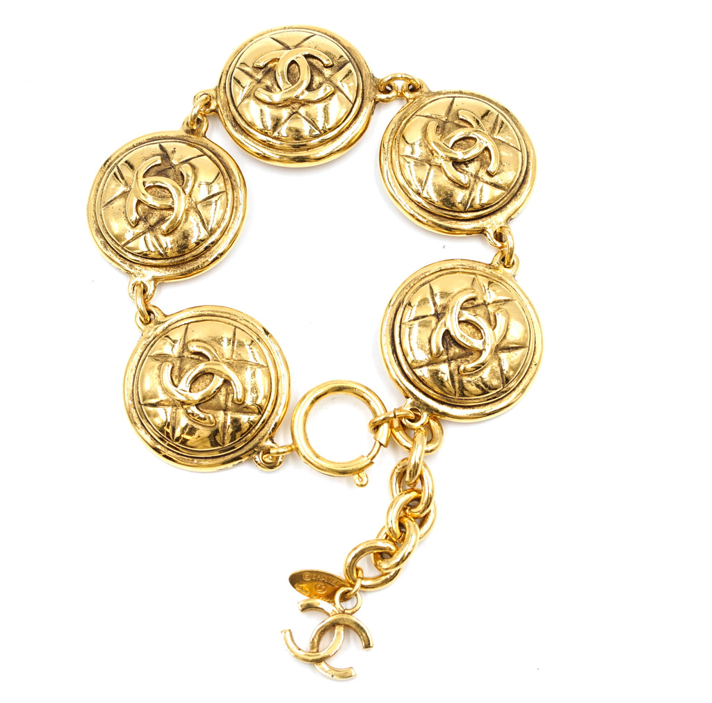 Chanel CC Medallion Pendant Charm Links Bracelet