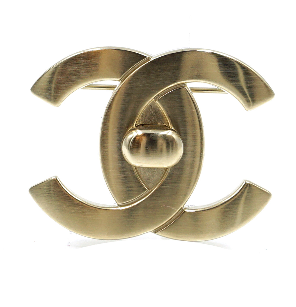 Chanel Champagne Gold CC Interlock Brooch