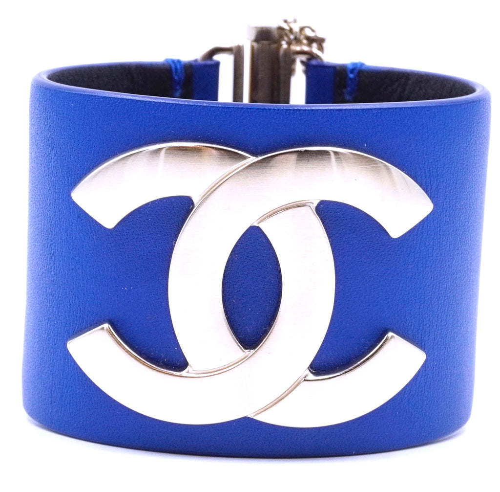 Chanel Champagne Gold Blue CC Glide Lock Leather Bangle