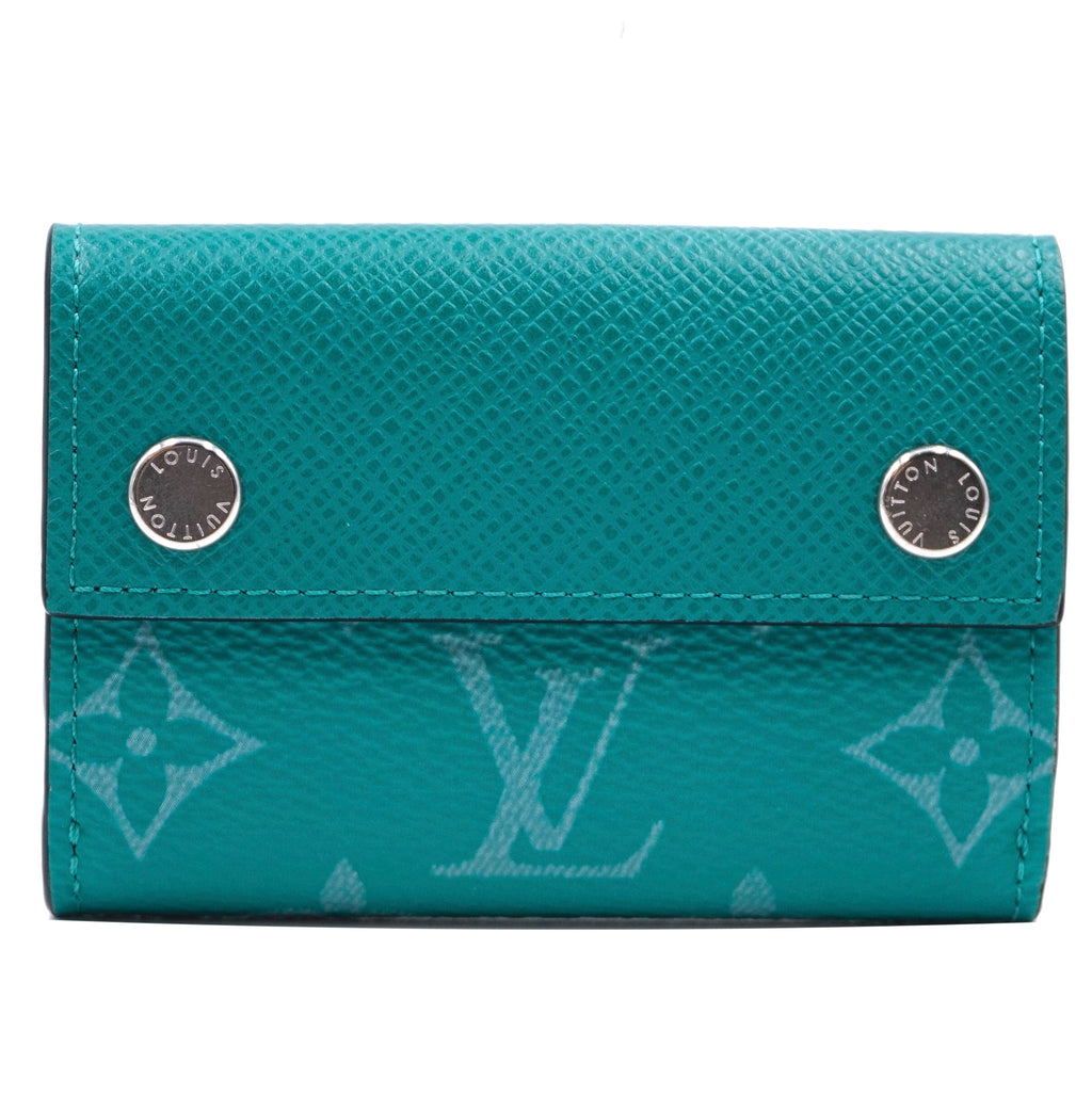 Louis Vuitton Monogram Taiga Discovery Compact Trifold Wallet