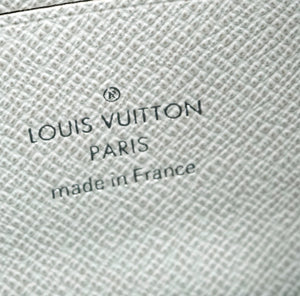 Louis Vuitton Discovery Pochette Pm Antarctica White Monogram Canvas