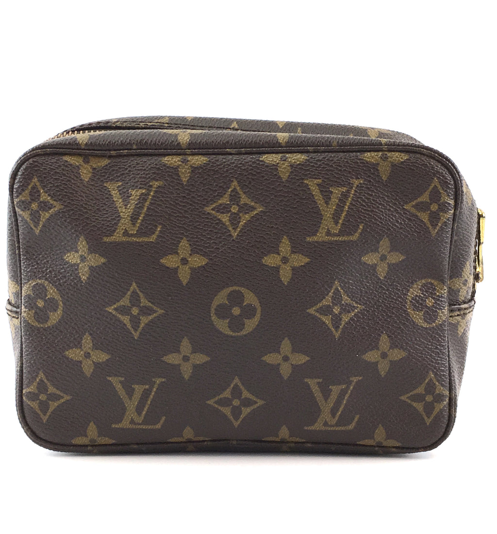 Louis Vuitton Toiletry Pouch 18 Monogram Canvas