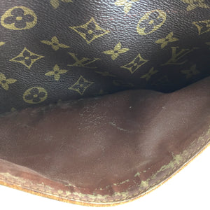 Louis Vuitton Monogram Jumbo Toilette Trousse Clutch