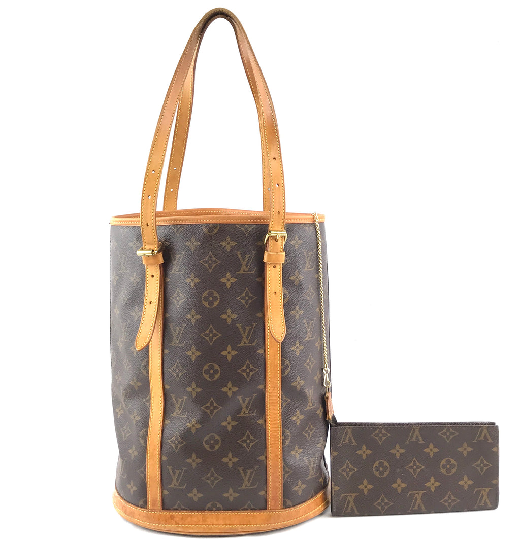 Louis Vuitton Bucket Marais GM Monogram Canvas