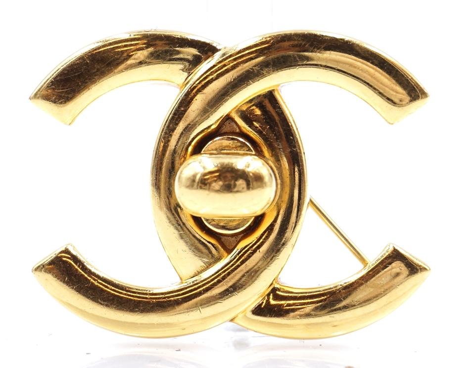 Cc Interlock Hardware Brooch