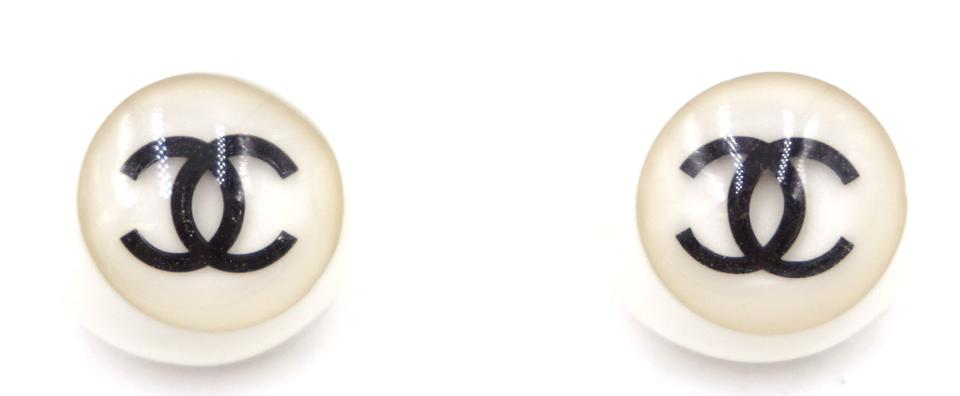 Cc Inlay Round Semi Sphere Gold Clip On Earrings