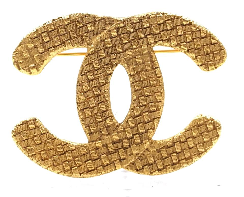 Gold Cc Woven Textured Hardware Brooch
