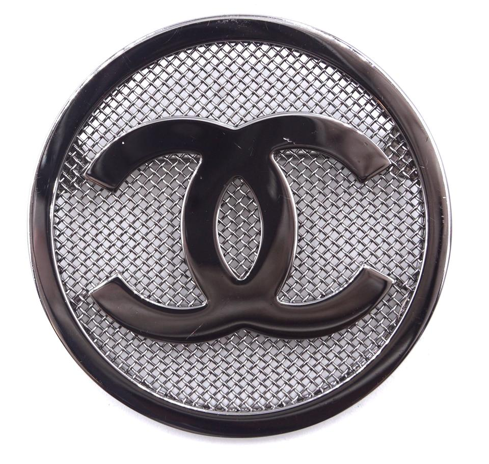 Chanel CC Round Textured Hardware Brooch
