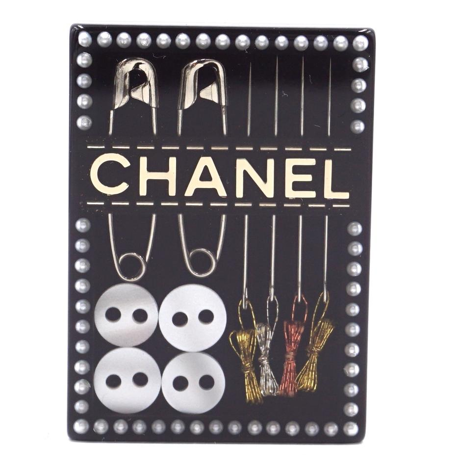 Chanel CC Sewing Kit Set Hardware Brooch