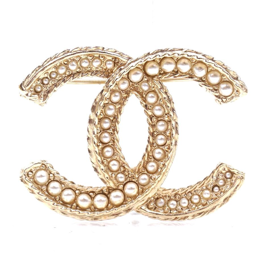 Chanel Gold CC Pearls Textured Hardware Brooch