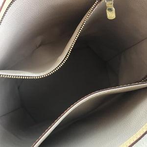 Louis Vuitton Monogram Marais Bucket Gm