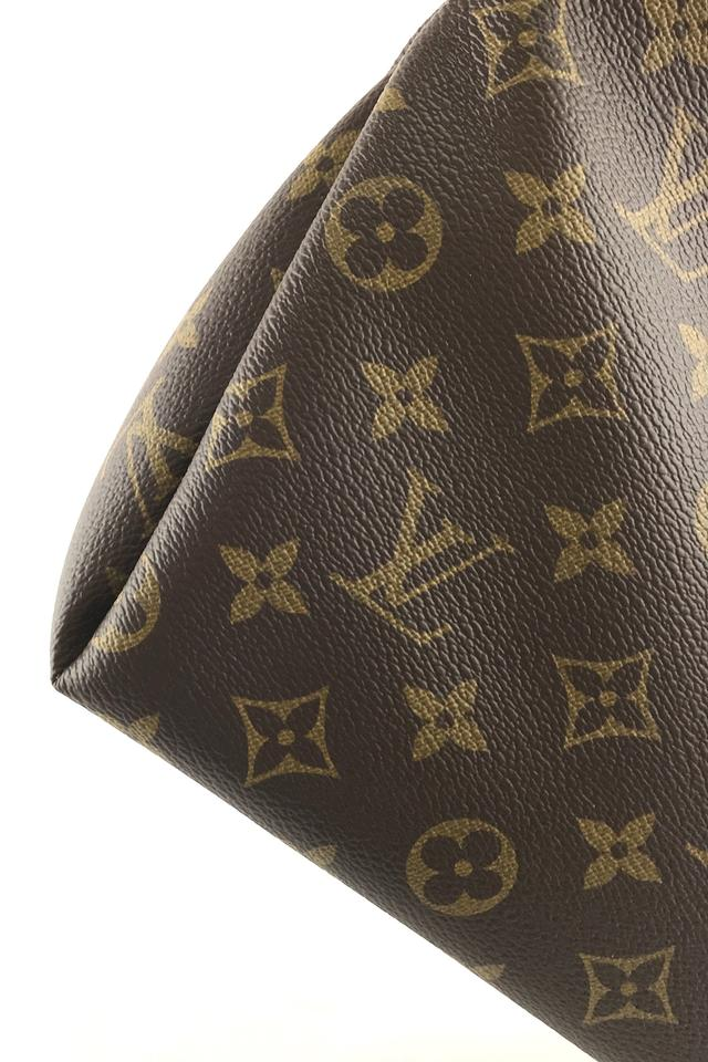 Louis Vuitton Monogram Pallas Clutch