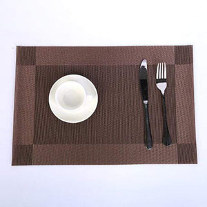 Regale Delight Placemats Brown