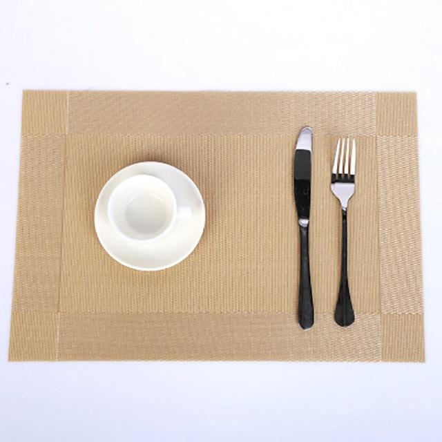 Regale Delight Placemats Gold