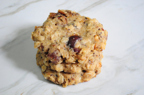 Dates and Chia Oatmeal Cookie