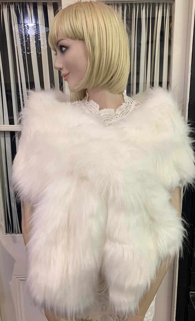 SM Faux Fur white long hair