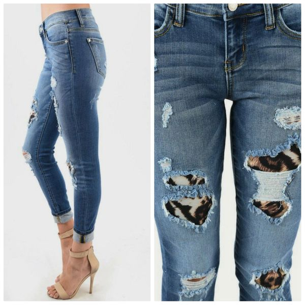 {RYLEE} Judy Blue LEOPARD Patch Distressed Skinny Jeans