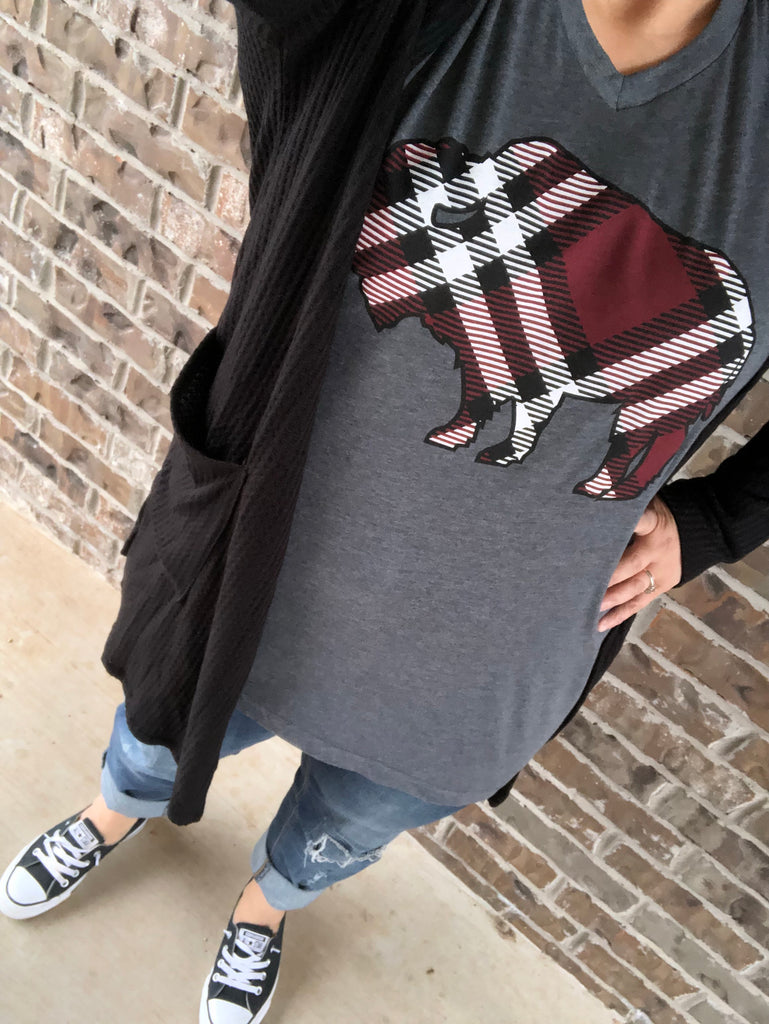 {PLAID}  Red + Black + White BUFFALO Charcoal Gray V-Neck TEE