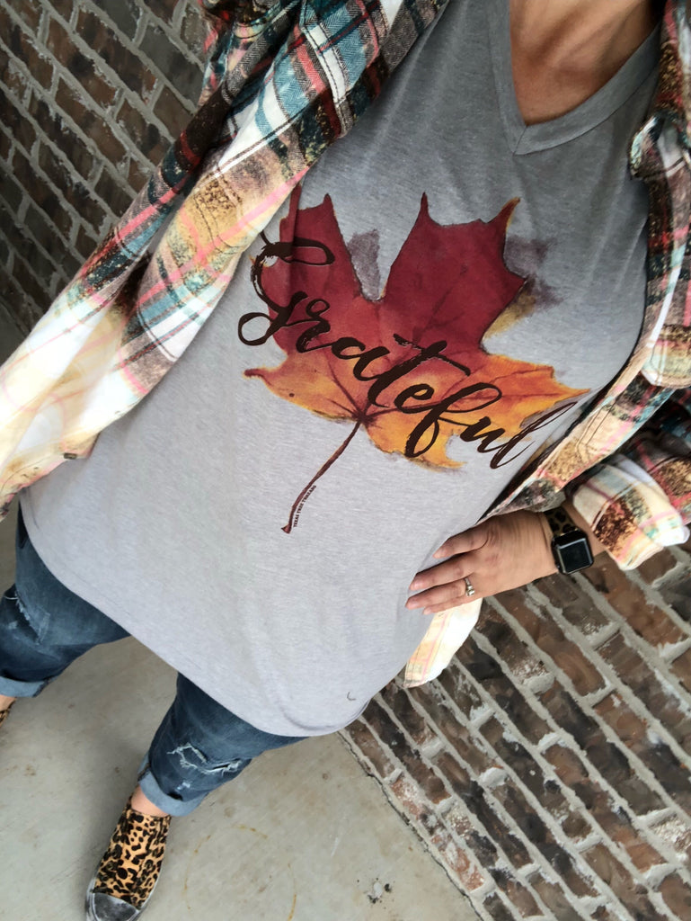 {GRATEFUL} Falling Leaf Athletic Gray V-Neck Tee