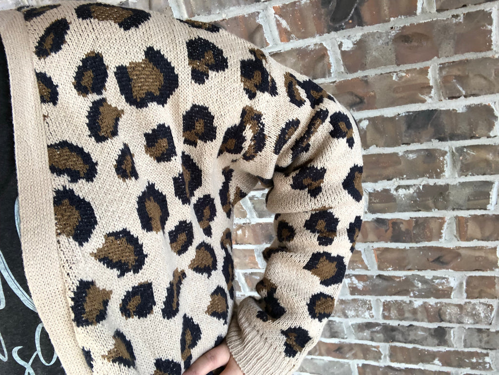 """Delaney"" {LEOPARD} Knit Sweater Cardigan With Pockets!"