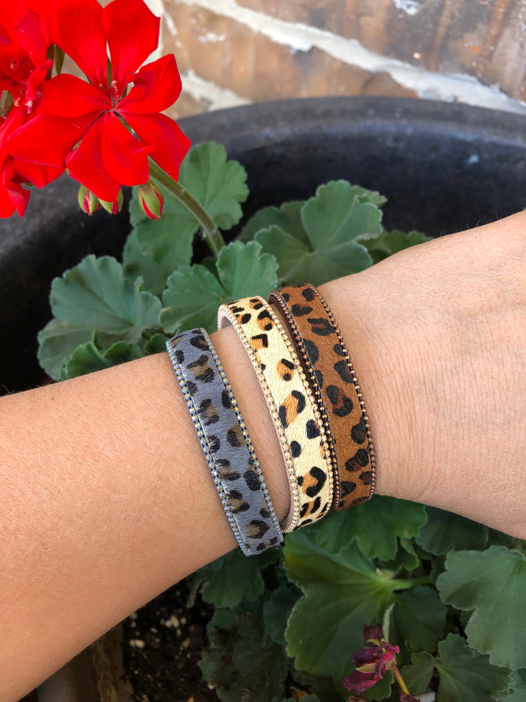 Leopard Magnetic Clasp Bracelets {THREE Colors}