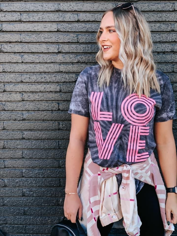 {RETRO LOVE} Acid Wash Charcoal Crew Neck Tee
