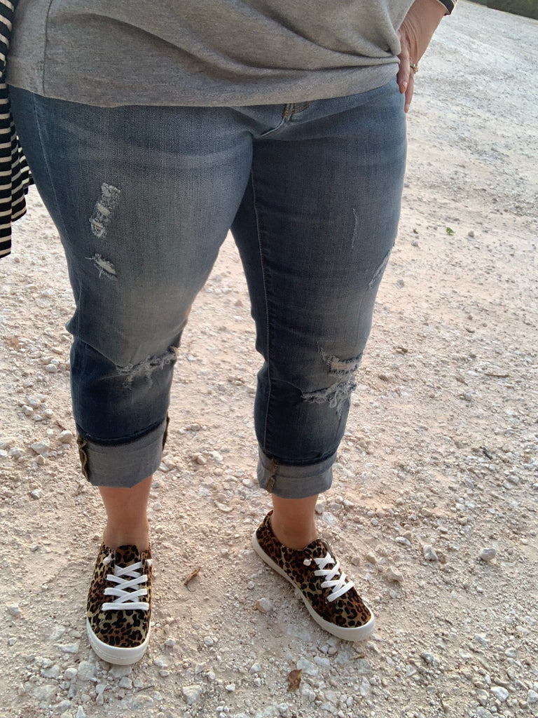 {REID} Judy Blue Distressed Boyfriend Jeans