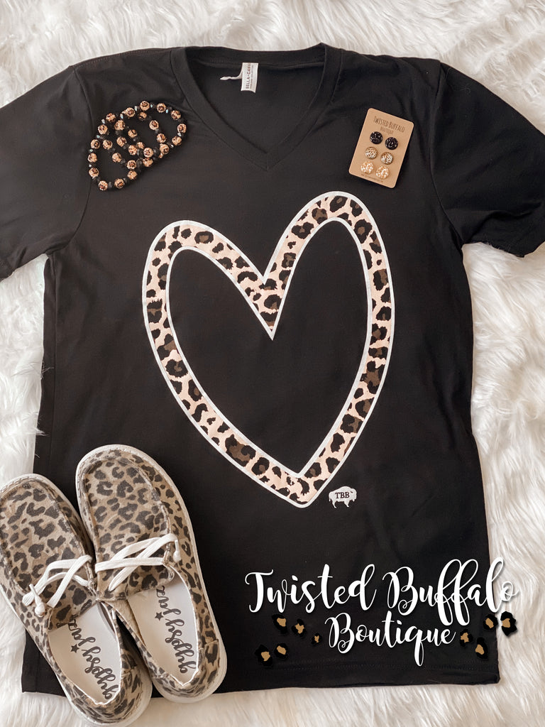 {WILD THING} LEOPARD Heart Black V-Neck Tee