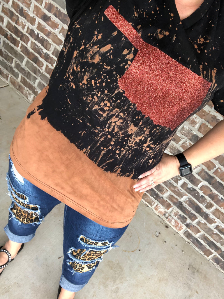 Distressed Copper Glitter Oklahoma Black V-Neck Tee