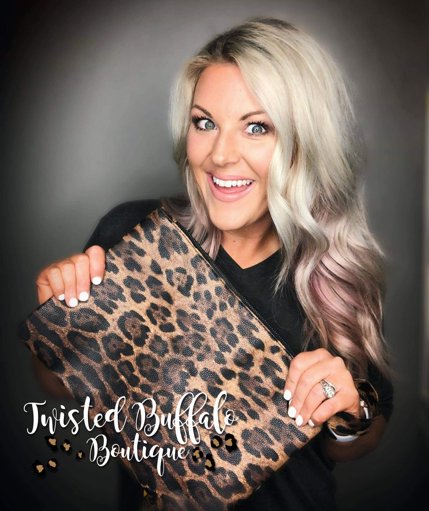 {MADISON} Leopard Print Zippered Clutch