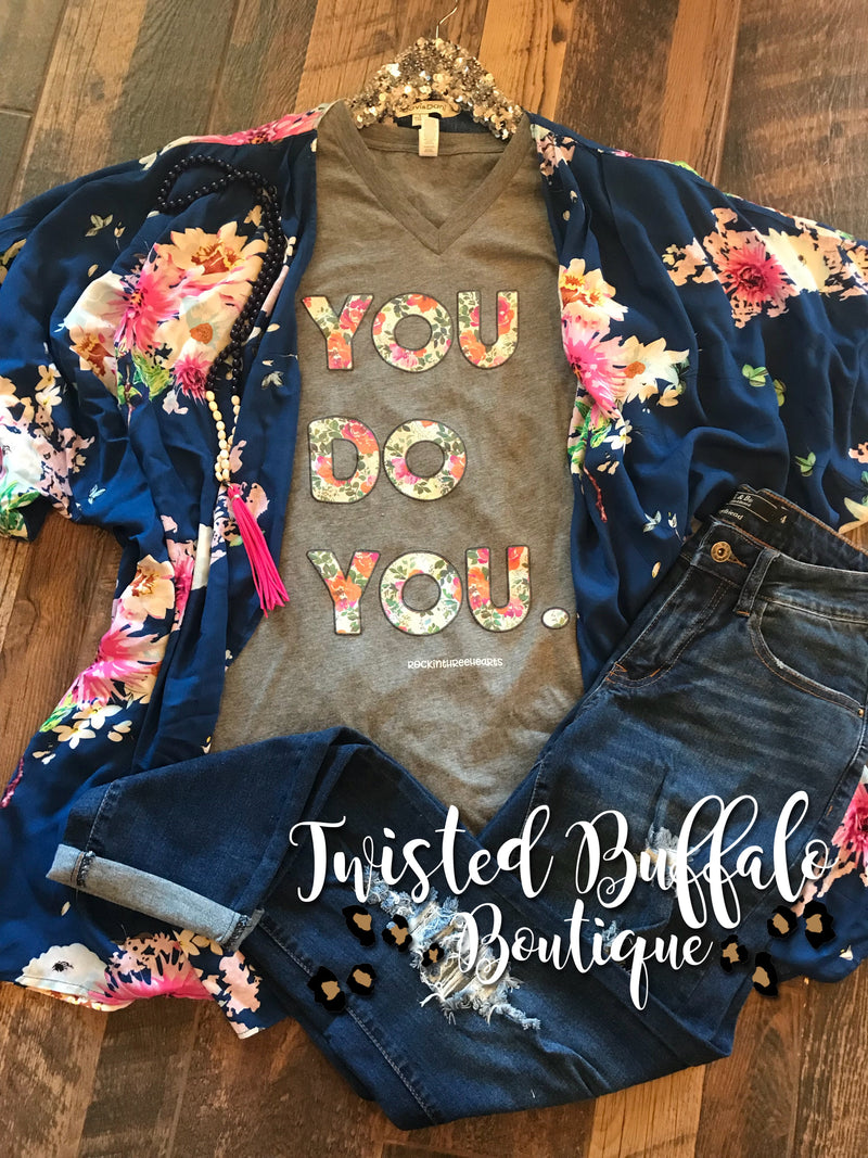 {GLORIA} Gorgeous Blue + Pink Floral Flowy Kimono {Size Down 1-2 Sizes!}