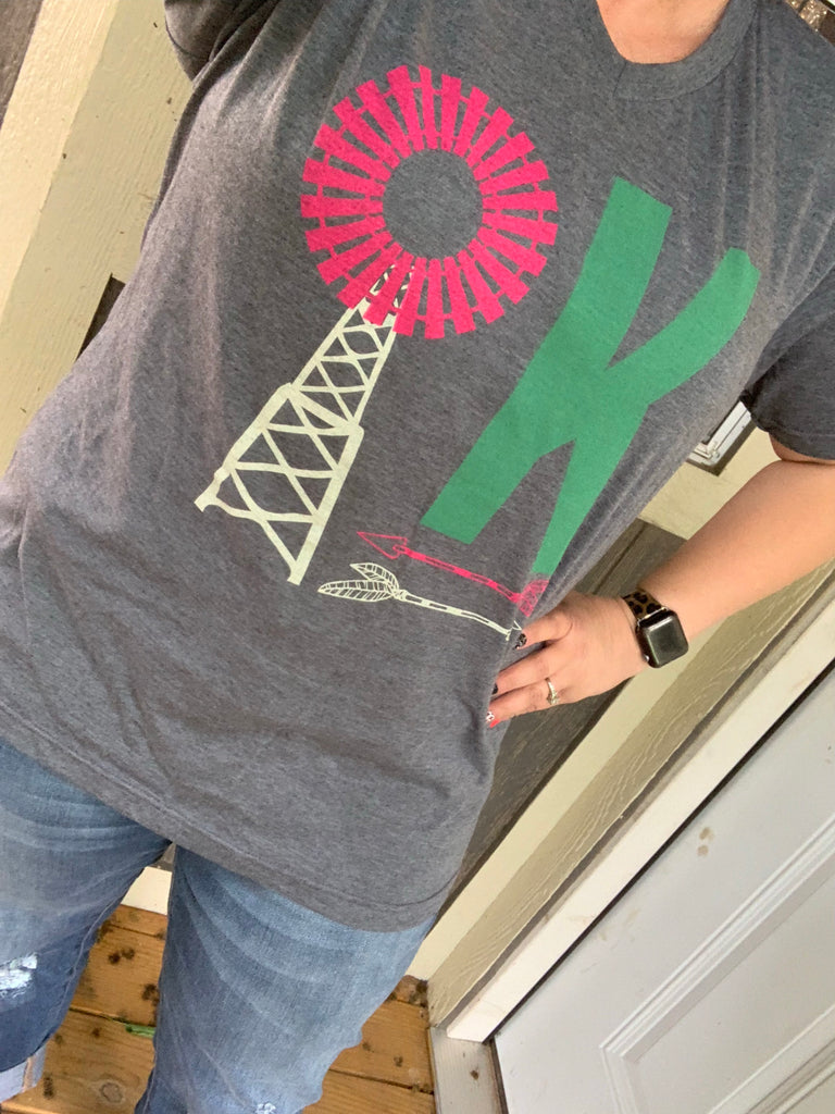 {OK WINDMILL} Fuchsia + Teal Charcoal Gray V-Neck Tee